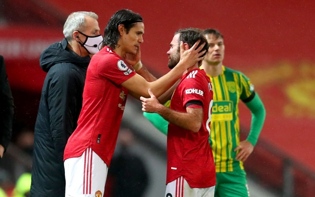 Juan Mata explains how he's helped Edinson Cavani at Manchester United - Bóng Đá