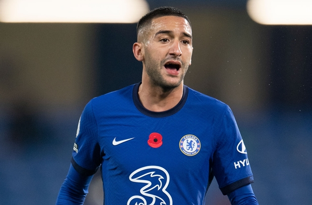 Frank Lampard insists he won't be 'throwing Eden Hazard comparisons' at Hakim Ziyech after his impressive start to life at Chelsea - Bóng Đá