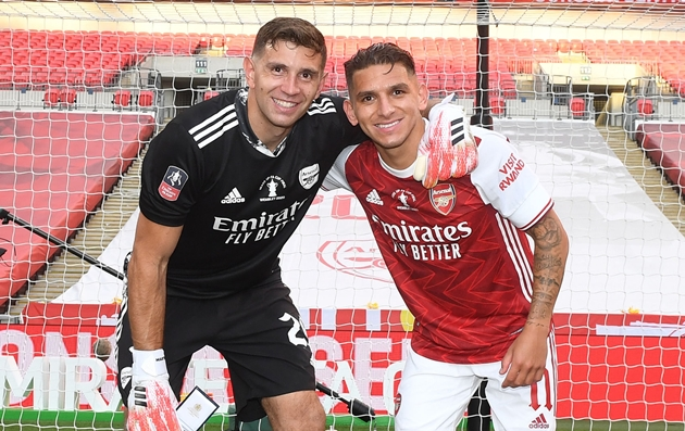 Gilberto Silva hints Mikel Arteta made an error by letting Lucas Torreira leave Arsenal in the summer - Bóng Đá