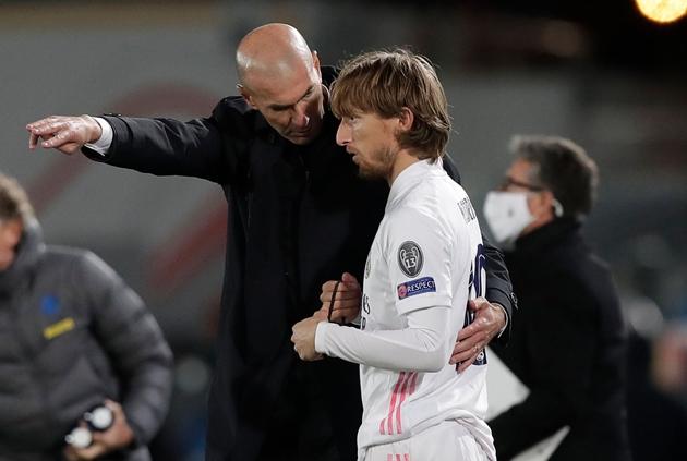 Real Madrid thiệt hại 300 triệu euro - Bóng Đá