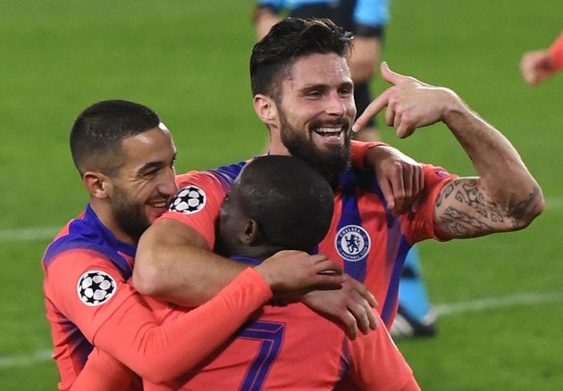 Chelsea four lessons learnt at Sevilla: Giroud steals the show - Bóng Đá