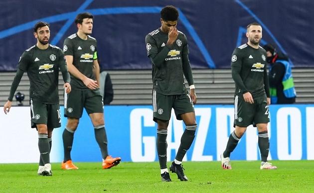 'I'm so annoyed... I can't understand!' - Saha left baffled by Man Utd struggles - Bóng Đá