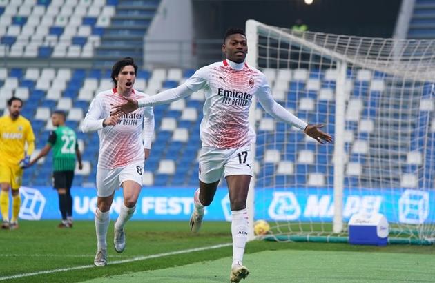 Ảnh trận Sassuolo - Milan - Bóng Đá