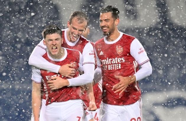 Martin Keown hails Kieran Tierney as a future Arsenal captain - Bóng Đá