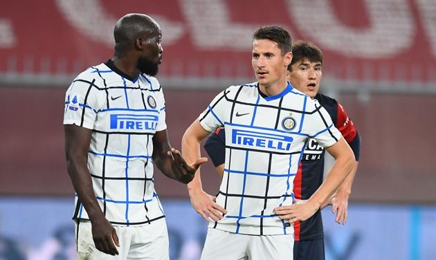 Inter chuẩn bị chia tay Pinamonti - Bóng Đá