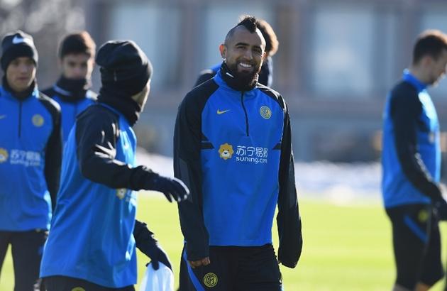 Conte khen ngợi Vidal - Bóng Đá
