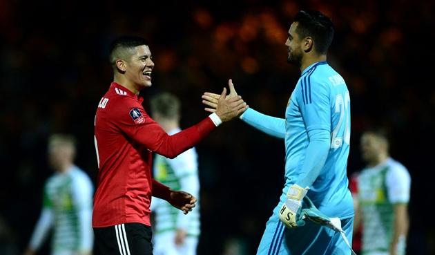Đoạn kết buồn cho 2 người Argentina tại Man Utd - Bóng Đá