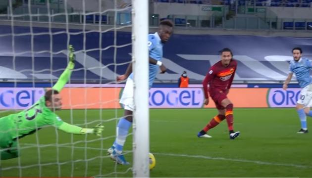 Smalling bị biến thành gã hề trước Lazio - Bóng Đá