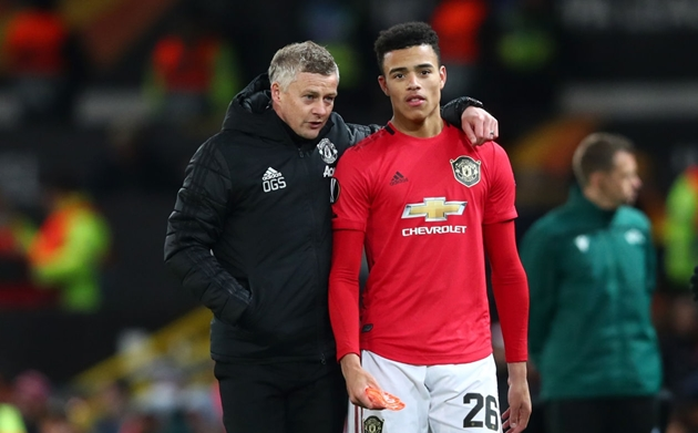 Ole Gunnar Solskjaer's Edinson Cavani plan to emulate 'irreplaceable' Mason Greenwood lesson - Bóng Đá