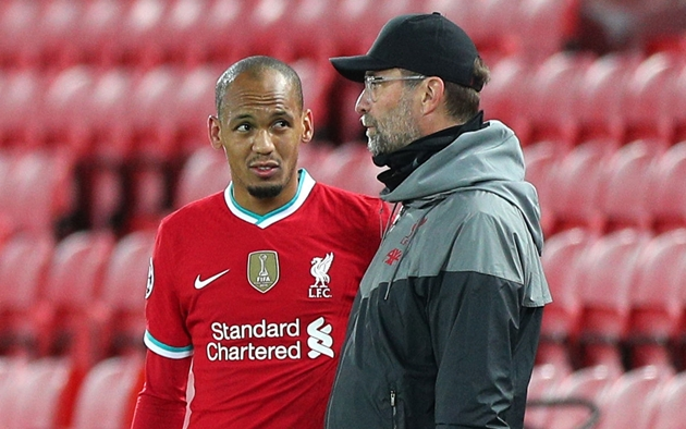 Liverpool's big problems: Mo Salah's body language, a defensive mess and no plan B - Bóng Đá