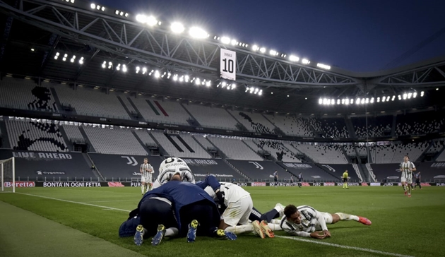 Dybala suýt khóc sau khi ghi bàn - Bóng Đá