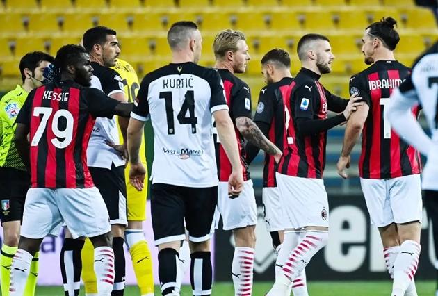 Ibra vắng mặt trong buổi tập của AC Milan - Bóng Đá