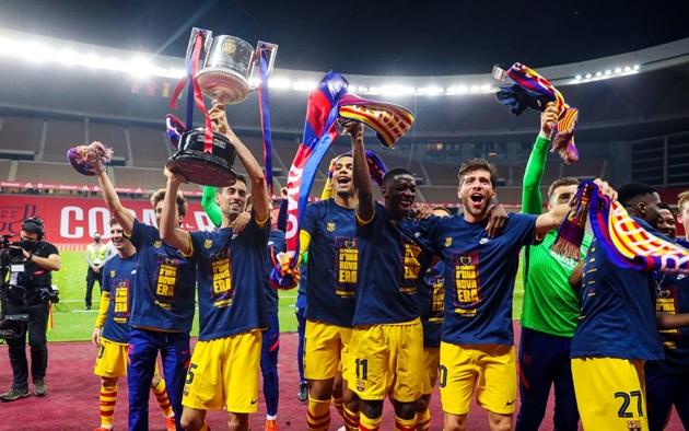 Barca ăn mừng chức vô địch - Bóng Đá