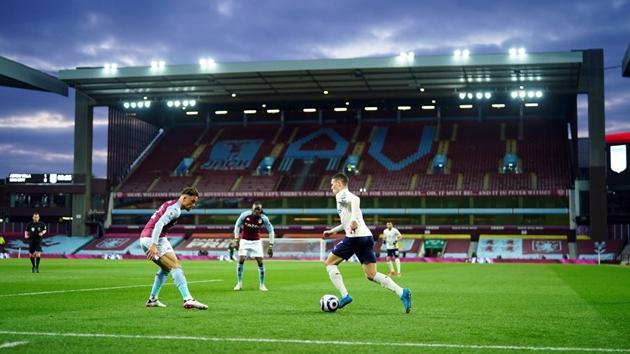 Ảnh tình huống: Thẻ đỏ của Stones => Guardiola xử lý quá hay => Man City xứng đáng vô địch - Bóng Đá