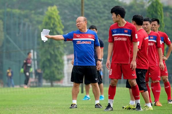 Vào vòng loại cuối World Cup, thầy Park đối mặt với bài toán cực khó - Bóng Đá