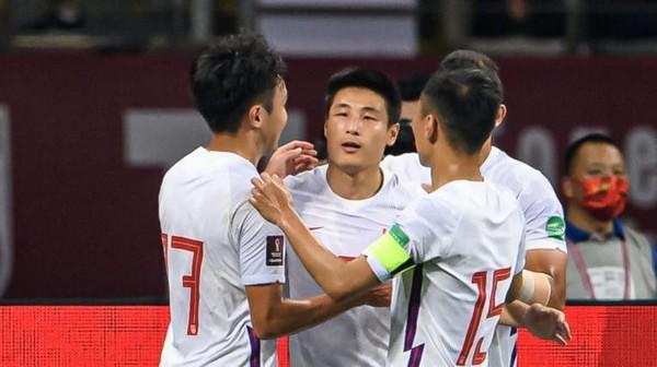 AFC ca ngợi Viettel; Quang Hải được ví như Dybala của châu Á - Bóng Đá