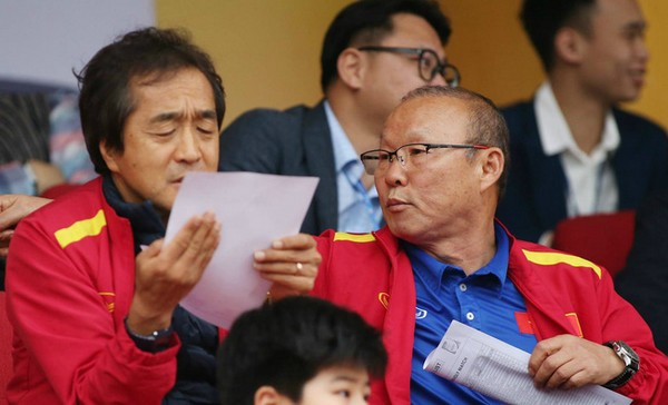 V-League hoãn đến năm 2022 và 8 hệ lụy khó tránh - Bóng Đá