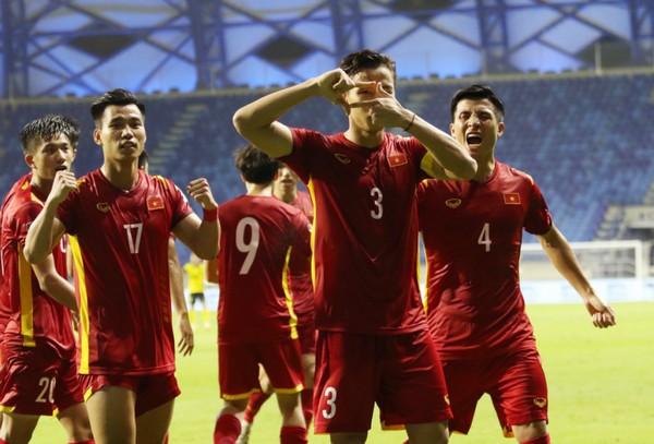 ĐT Việt Nam nhận 3 tin vui, hội quân sẵn sàng tập luyện - Bóng Đá