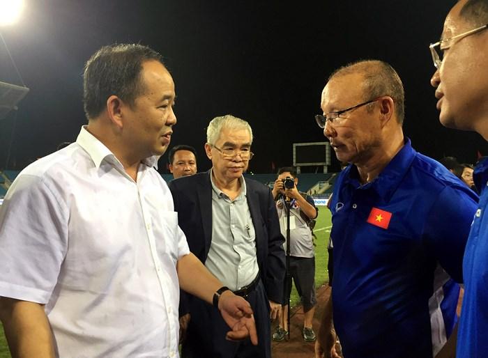 Chủ tịch VFF khẳng định ông Nghĩa từ chức không liên quan đến chuyện hợp đồng với HLV Park Hang-seo - Bóng Đá
