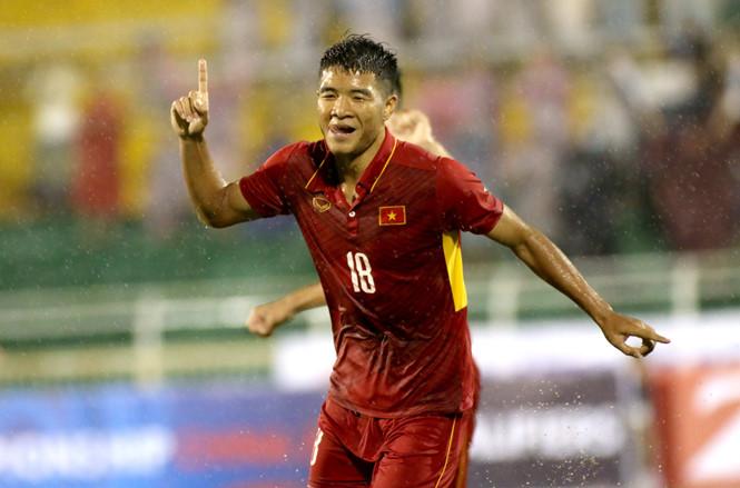 Hà Đức Chinh và bàn thắng giải tỏa áp lực