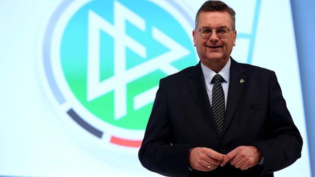 Quan chức Đức thừa nhận sai lầm trong scandal với Ozil - Bóng Đá