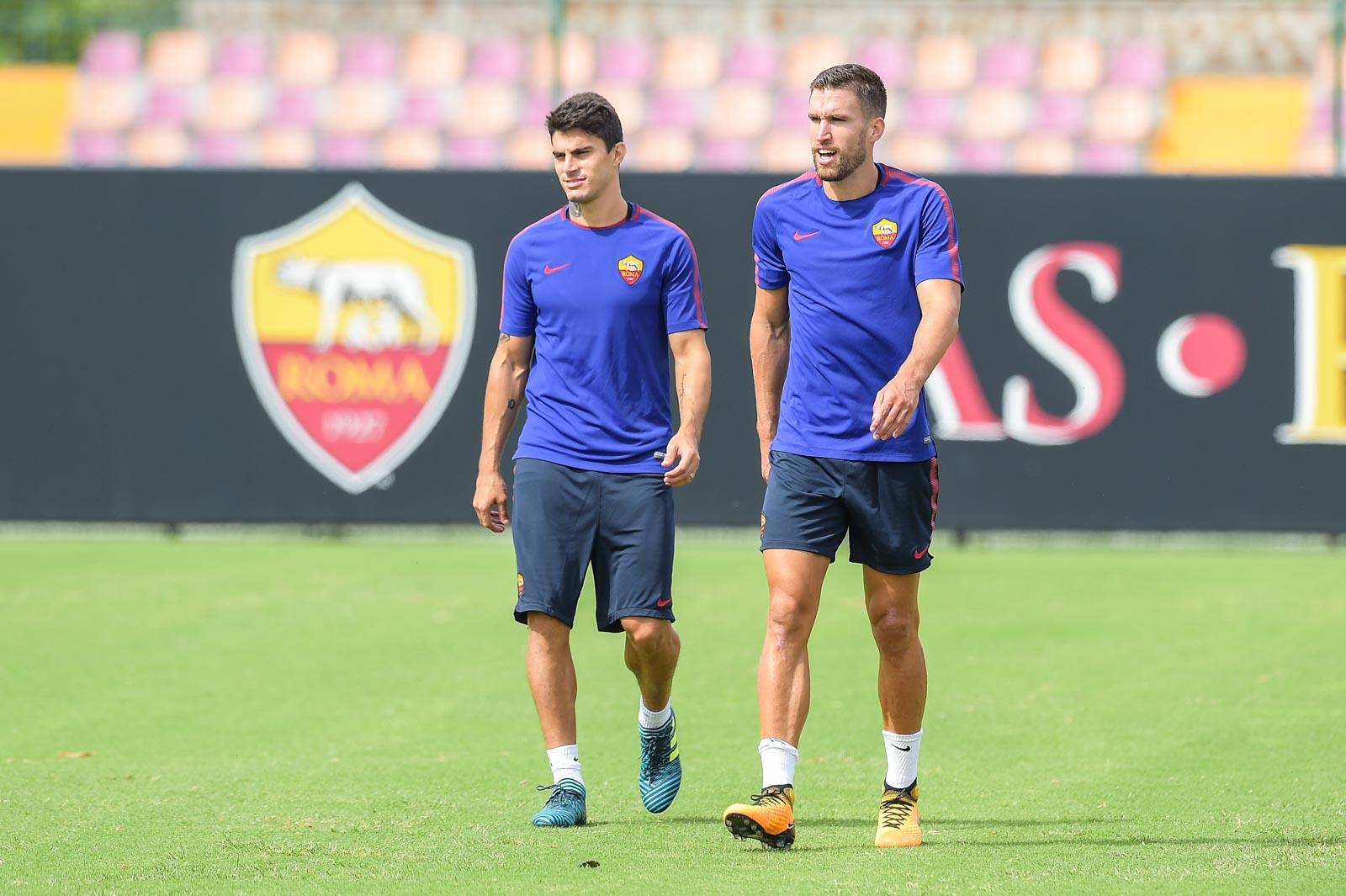AS Roma tập luyện - Bóng Đá
