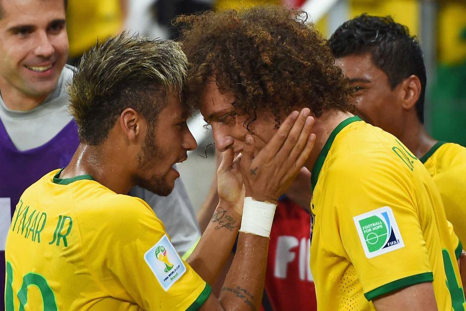 Neymar xúi David Luiz gia nhập Barca - Bóng Đá