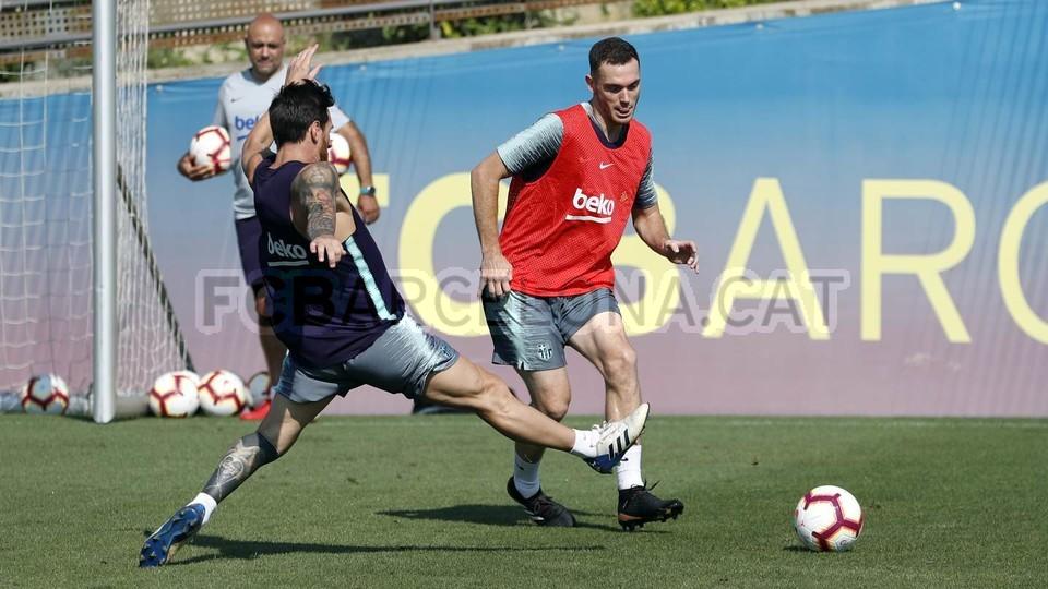 Vidal mỉa mai chức vô địch Champions League của Real Madrid - Bóng Đá