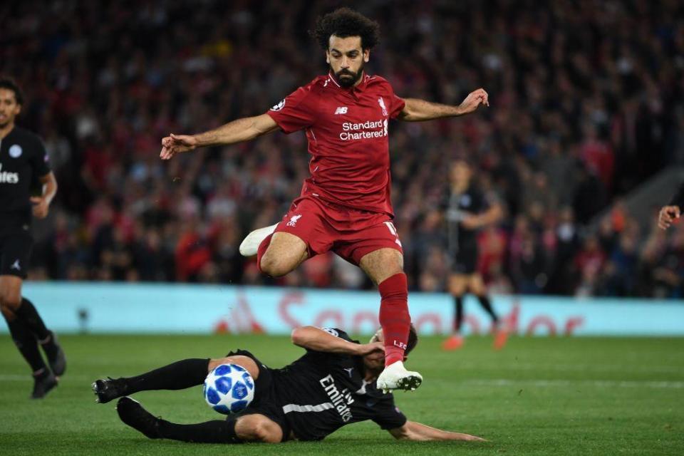 cơ hội để Xherdan Shaqiri chiếm suất đá chính của Salah - Bóng Đá