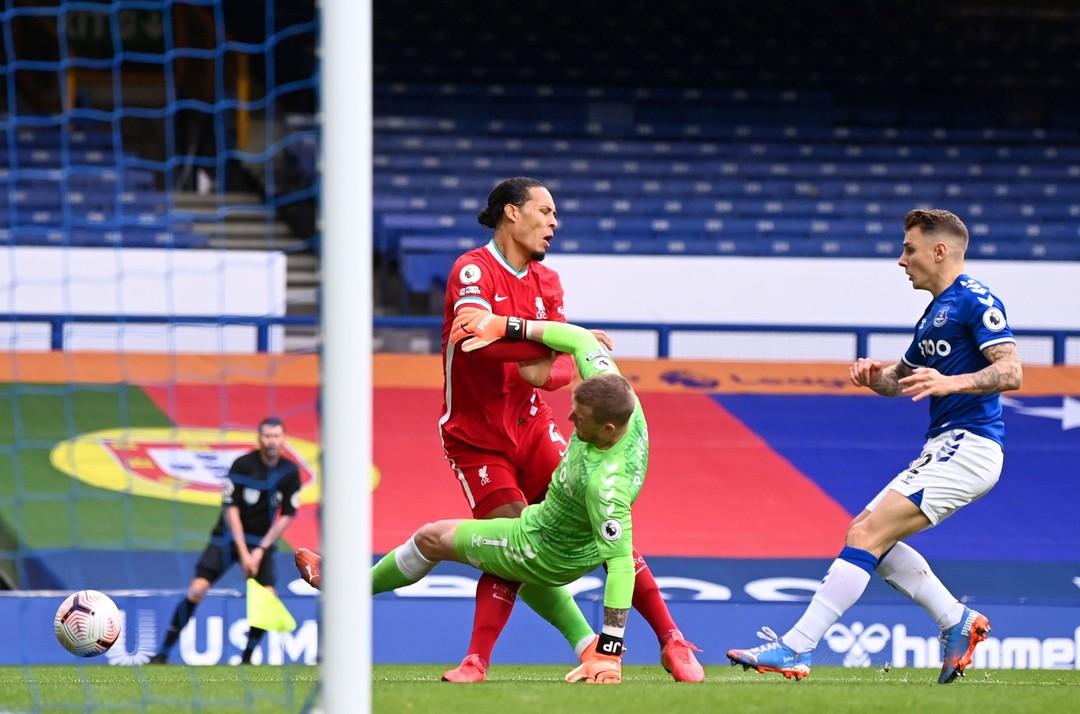 Erik ten Hag chỉ ra 2 lý do Liverpool là đội bóng xuất sắc nhất - Bóng Đá