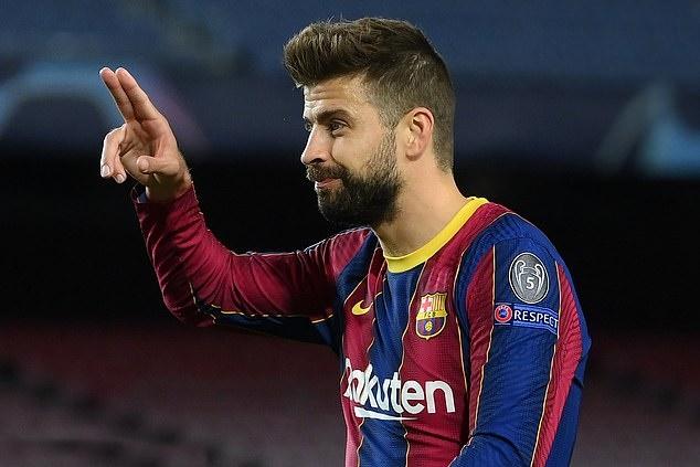 Pique hỗ trợ Barca nâng cấp SVĐ - Bóng Đá