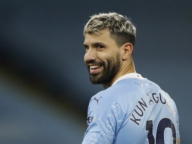 Sergio Aguero 'needs to prove fitness before Manchester City offer him new deal' - Bóng Đá