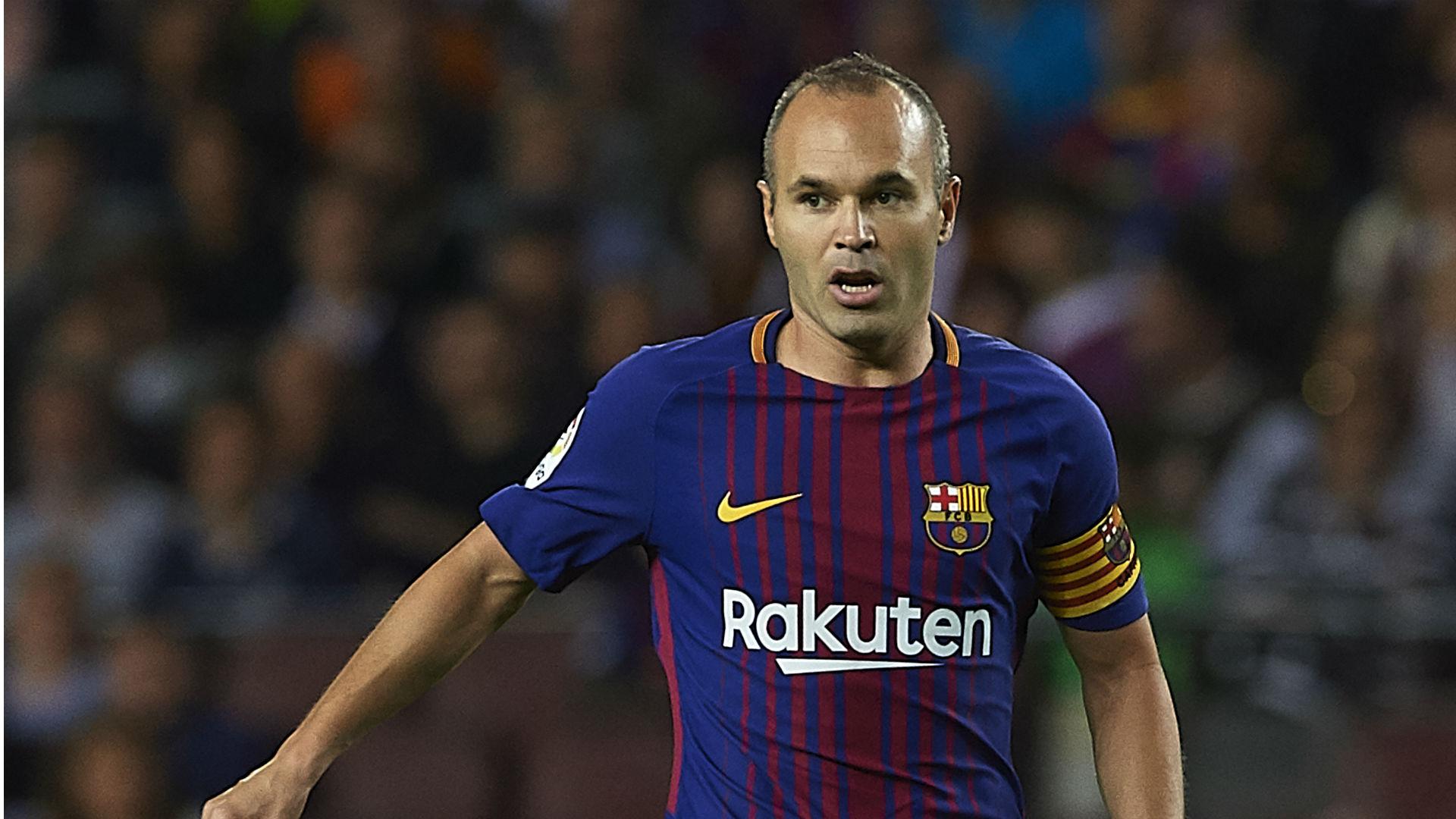 Iniesta trở lại huấn luyện Barca - Bóng Đá