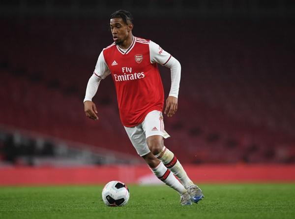 5 tài năng trẻ sa sút tại Premier League mùa này - Bóng Đá