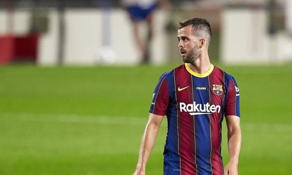 Miralem Pjanic still doesn't know why he's struggling for game time at Barcelona - Bóng Đá