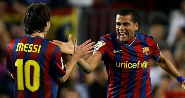 5 of Lionel Messi's best teammates at Barcelona - Bóng Đá