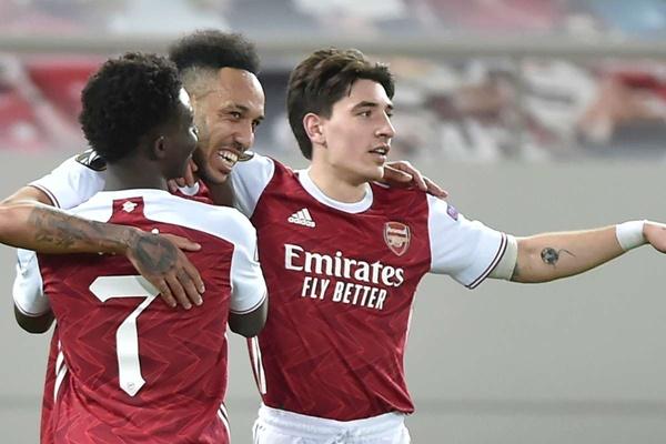 Arsenal cẩn thận với Vardy - Bóng Đá