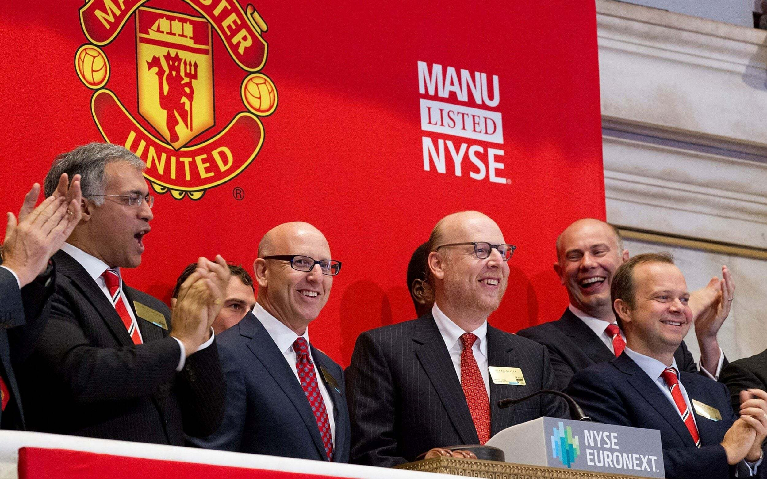 Malaysian prince wants Glazer meeting to buy stake in Manchester United - Bóng Đá