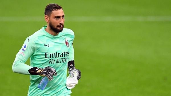 CĐV AC Milan đòi Gianluigi Donnarumma gia hạn - Bóng Đá