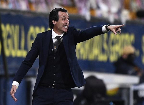 Unai Emery thừa nhận Villarreal yếu hơn Arsenal - Bóng Đá