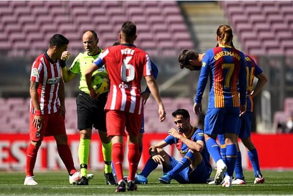 TRỰC TIẾP Barcelona 0-0 Atletico Madrid: Quá đáng tiếc cho Messi (H1) - Bóng Đá