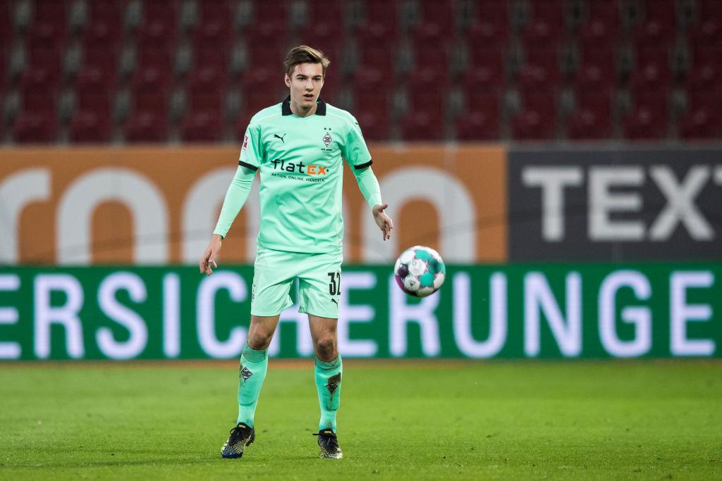 Real đối đầu Liverpool vì Florian Neuhaus - Bóng Đá