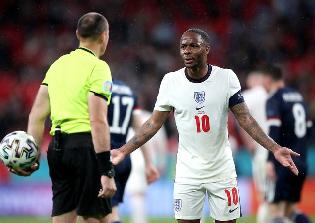 Raheem Sterling responds to England Euro 2020 boo boys as he leaps to Harry Kane's defence - Bóng Đá