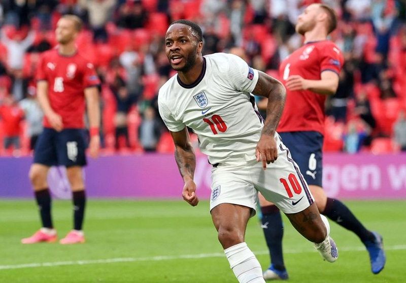 Raheem Sterling claims England do NOT fear the potential challenges of France, Germany or Portugal in the Euro 2020 last-16  - Bóng Đá