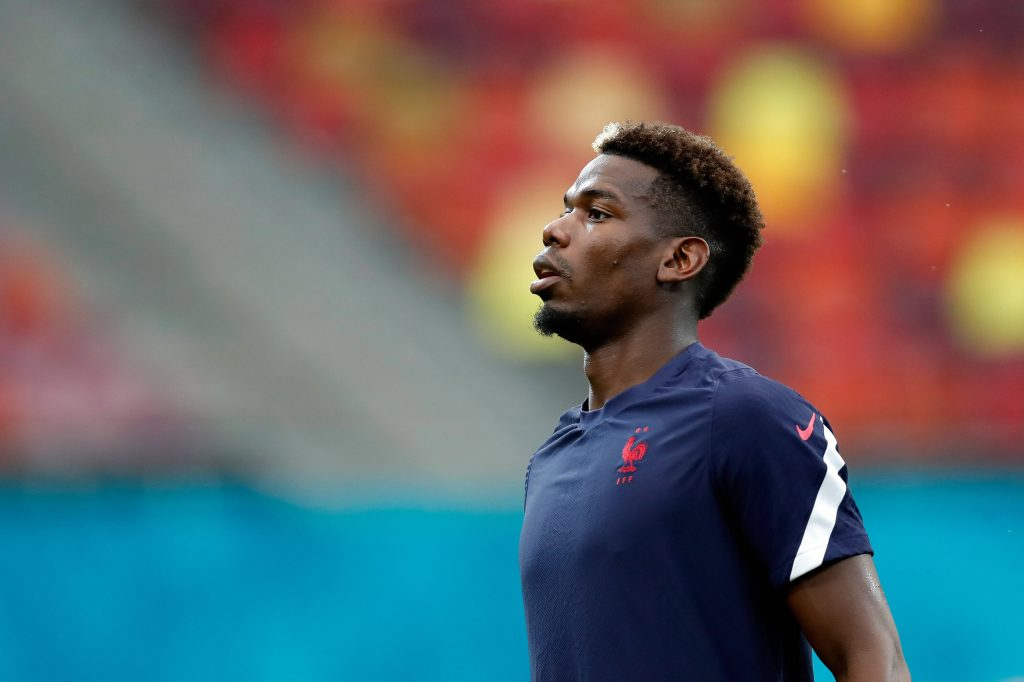 Paul Pogba behind the move to a back 3 for France vs Switzerland - Bóng Đá