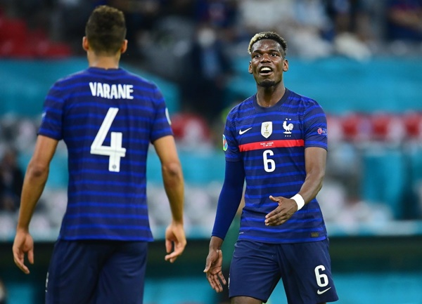 UNCOVERED: Varane in angry Euros clash with Man Utd ace Pogba - Bóng Đá