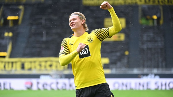 Chelsea backed to seal Erling Haaland transfer by selling three first-team players - Bóng Đá