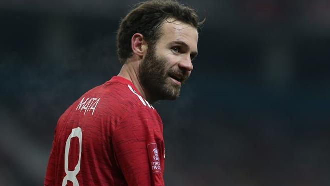 Manchester United player Juan Mata taking coaching badges - Bóng Đá