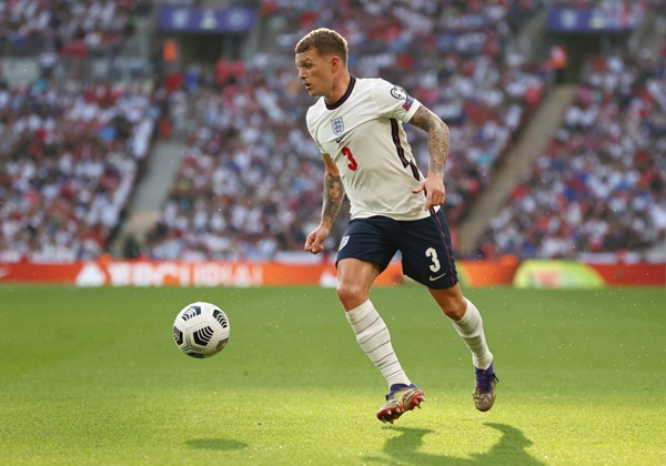 England: Kieran Trippier swaps shorts with Andorra player after Wembley win - Bóng Đá