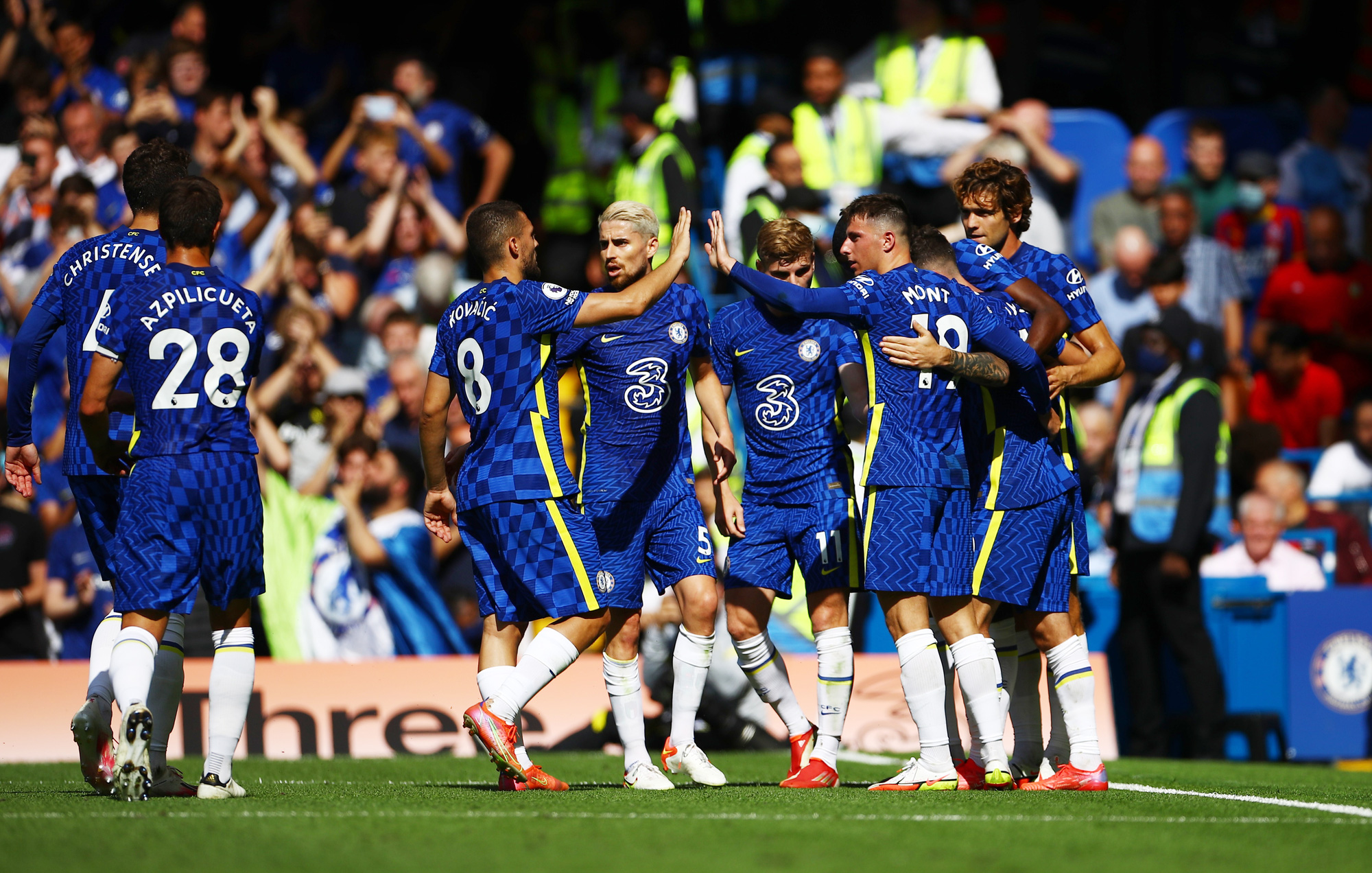 Mark Lawrenson states his prediction for Chelsea FC v Aston Villa - Bóng Đá